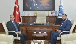 Vali Tapsız'dan KMÜ Rektörü Akgül'e...