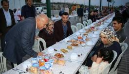 Karaman Belediyesi'nden Öksüz Ve Yetimlere...