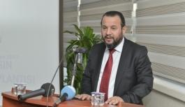 Rektör Akgül, Öğrencileri Nur Tatar'ın Dünya...