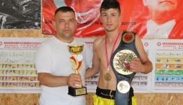 Karaman'da Fabrika İşçisi Genç, Dövüş Sanatlarında...