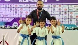Karamanlı Karateciler Erzurum'da Parladı
