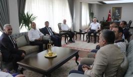 Viranşehir Heyeti Vali Meral'i Makamında Ziyaret...