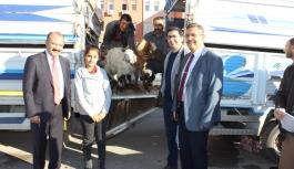 Genç Çiftçilere Keçileri Teslim Edildi