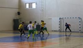 Okullar Arası Gençler Futsal Müsabakaları Başladı