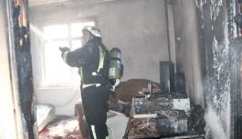 Filistinli Ailenin Kaldığı Evdeki Yangında 5 Kişi...