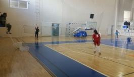 Okullar Arası Küçükler Badminton Müsabakaları...