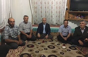 Vali Meral Bayır Köyü Muhtarının Evine Misafir...
