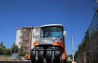 Larende Mahallesi'nde Asfalt Çalışmaları Tamamlanıyor