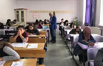 Ortaöğretim Kurumları Merkezi Sınavı Sorunsuz...