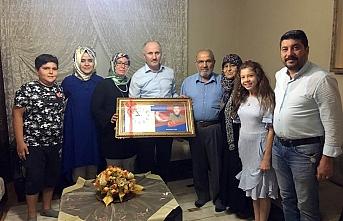 Vali Meral'den Şehit Ailelerine Ziyaret