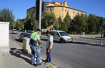 Belediyeden Trafik Güvenliği İçin Sinyalizasyon...
