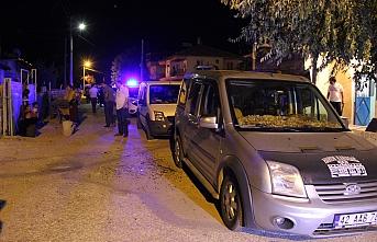 İki Aile Arasında Çıkan Silahlı Kavgada: 3 Kişi...