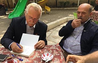 Karamanlı Yazar Hasan Özünal Mut Kitap Fuarına...