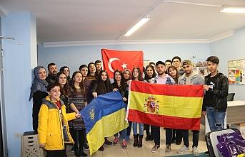 Ukrayna Ve Ürdün'den Gençlik İçin Gönüllü...
