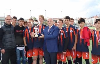Okullararası Gençler Futbol Şampiyonu Spor Lisesi...
