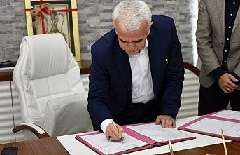 TÜGVA İle İş Birliği Protokolünün İmzaları...