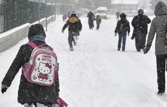 Eğitime Bir Günlük Kar tatili