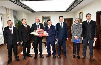 25 Şubat 3 Mart Vergi Haftası Nedeniyle Vergi Dairesi...