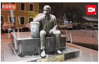 Gece Başlayan Kar Şehri Beyaza Bürüdü