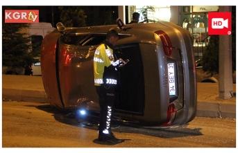 Alt Geçitte Trafik Kazası 2 Yaralı