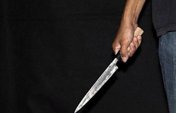 Kız Meselesi Yüzünden Tartıştığı Genci Bıçakladı...