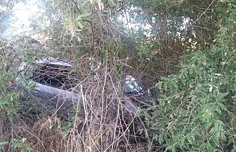 Otomobil Ağaçlık Alana Uçtu: 4 Yaralı