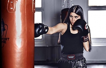 Bircan Pınar'dan Kick Boks'da Dünya Şampiyonluğu