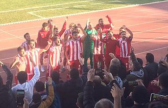 Karaman Belediyespor İlk Yarının Son Maçında 5 Attı