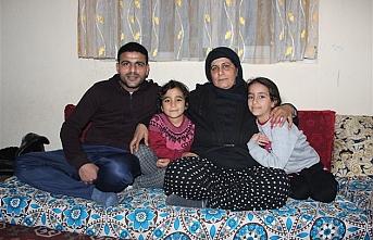Eşi Ve Çocuklarını Bırakıp Suriye'ye Gitti...