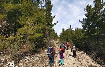 KARDOF Mağras Ormanını Yürüdü
