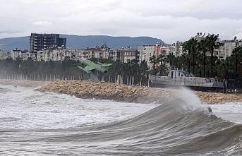 Doğu Akdeniz'de Fırtına Uyarısı!