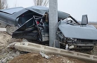 Ereğli'de Otomobil Elektrik Direğine Çarptı: 1 Yaralı