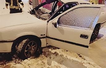 Kar Yağışı Sonrası Trafik Kazası: 2 Yaralı