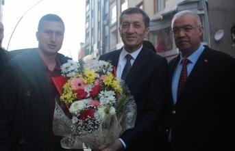 Larende Birlik Kooperatifi, Bakan Ziya Selçuk'tan Sözü Aldı | Artık okul servisleri...
