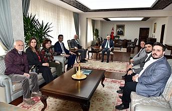 CHP Yönetiminden Vali Meral'e Ziyaret