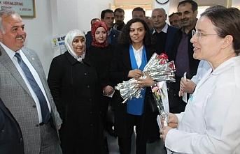 """Dr. Recep Şeker; """"14 Mart Tıp Bayramını Kutluyorum"""""""