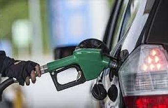 Benzin ve Motorine Bir İndirim Daha!