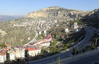 Ermenek'te 27 Kişinin Yaşadığı Apartman Karantinaya Alındı