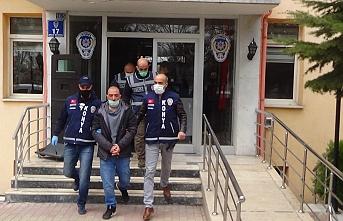 Konya'da Üç Kişiyi Öldürüp Polise Teslim Oldu