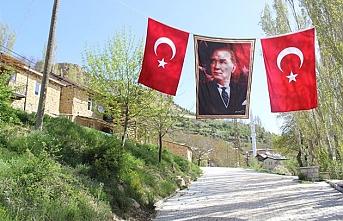 Balkusan'da 743. Türk Dil Bayramı Kutlandı