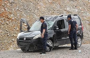 Karaman'da Kontrolden Çıkan Araç Takla Attı:...