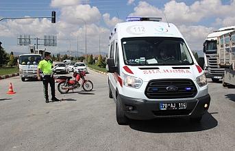 Karaman'da Motosiklet İle Kamyonet Çarpıştı:...