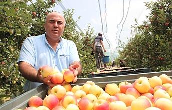 """BaşkanBayram: """"Elmanıza Verilen Yüksek Fiyata Asla Kanmayın"""""""