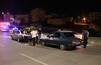 Karaman`da Gece Yarısı Polisten Şok Asayiş ve...