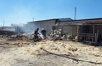 Karaman'da Saman Balyalarında Yangın Büyümeden Söndürüldü