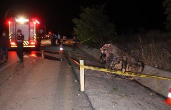 Küçükbaş Hayvan Sürüsüne Çarpan Araç Sürücüsü Öldü