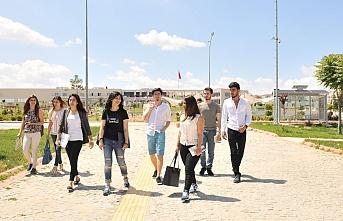 KMÜ Ailesine 4 Bin 472 Yeni Öğrenci