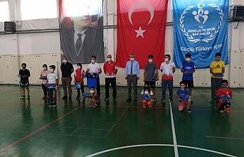 Türkiye Şampiyonasında Yarışacak Sporculara Destek