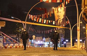 Karaman'da Cadde ve Sokaklar Boş Kaldı