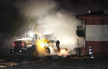 Karaman'da Yangın Büyüyerek Eve Sıçradı